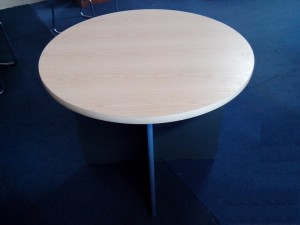 Secondhand Round Tables